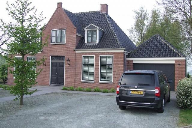 vrijstaande woning met garage